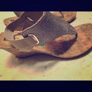 White Mountain tan Wedge Sandals sz 8